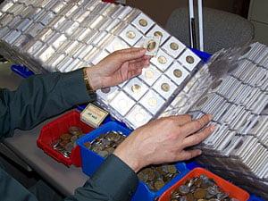 Colectionarii de monede si bancnote