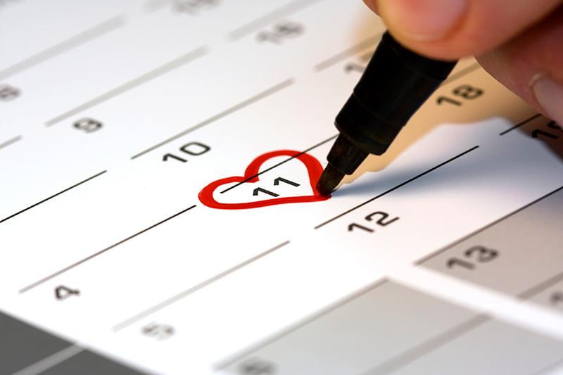 Cum se face alegerea datei in care se va tine nunta, Foto: familiensache.com