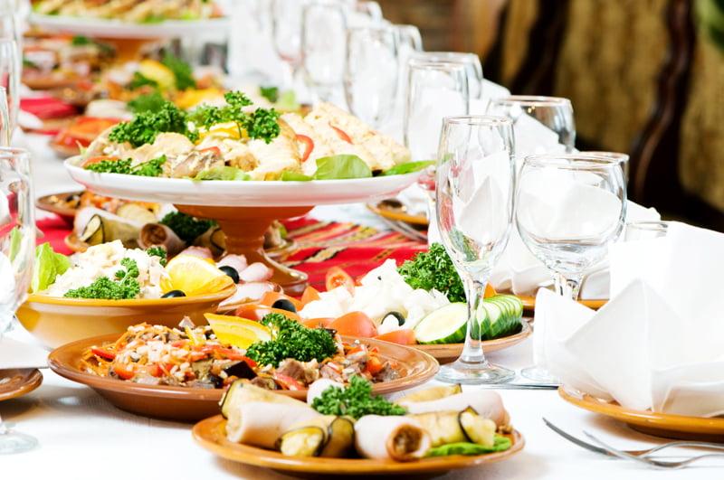 Stabilirea meniului la o nunta, Foto: prakashtenthouse.com