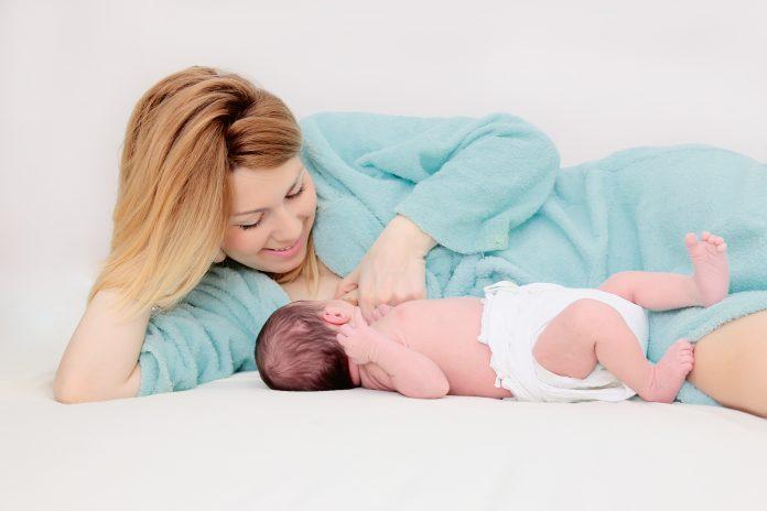 Alaptarea Foto: www.breastfeedingexperience.com