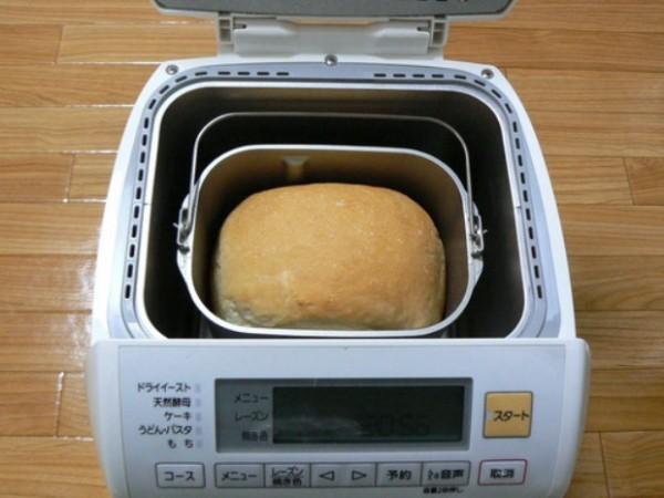 Masina de facut paine, Foto: quemirar.com