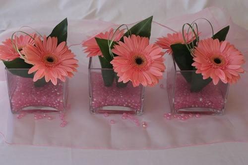 Aranjamente-florale-din-gerbere-roz