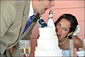 Ce-sa-nu-faci-la-ceremonia-tortului-de-nunta.jpg