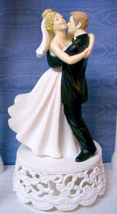 Figurina-de-nunta-traditionala