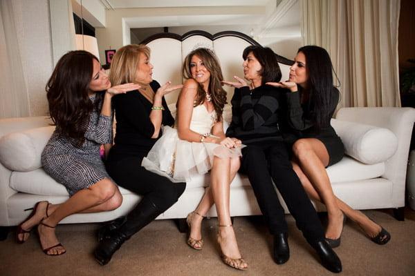 Jocuri pentru petrecerea burlacitei, Foto: bridalguide.com