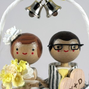 Ornament-pentru-tortul-de-nunta-cu-clopote-300x300.jpg
