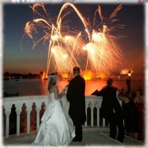 Spectacol-de-artificii-la-nunta-300x300.jpg