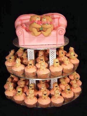 Tort-de-nunta-format-din-prajiturele