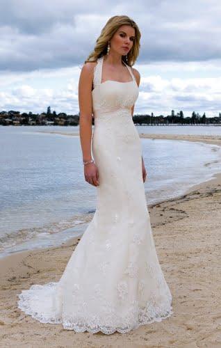 Rochie-pentru-nunta-pe-plaja