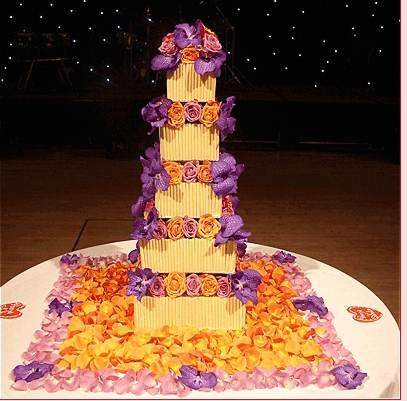 Tort-de-nunta-cu-cinci-niveluri