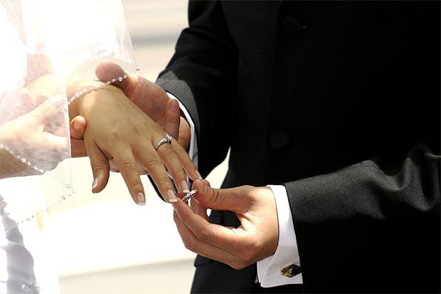 Ce se intampla cu inelul de logodna la nunta, Foto: vebidoo.de