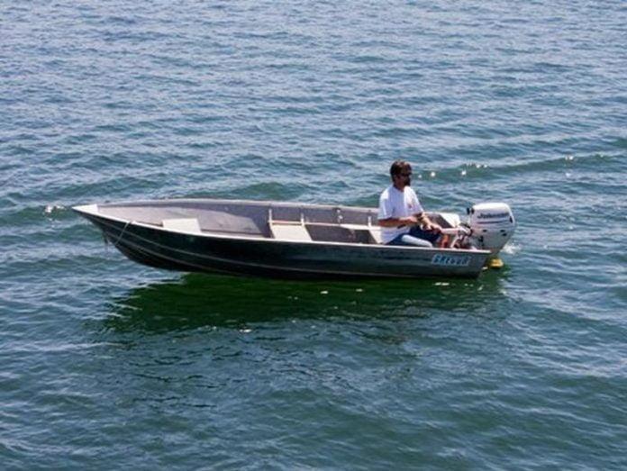 Barca de pescuit Foto: www.houseboating.org