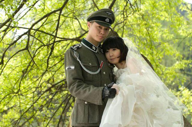 Nunta-asiatica-cu-tematica-nazista-2