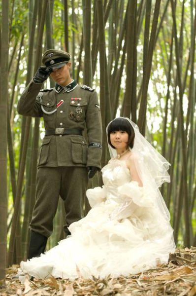 Nunta-asiatica-cu-tematica-nazista-4