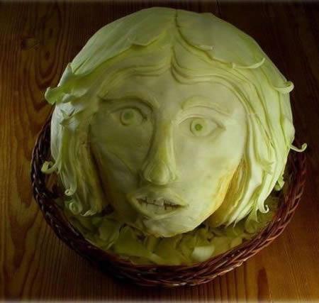 Sculpturi-in-fructe-si-legume-3