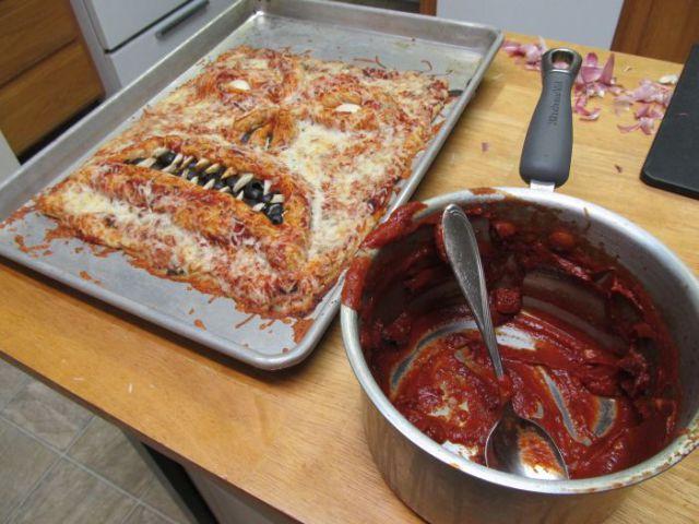 Cea mai infricosatoare pizza