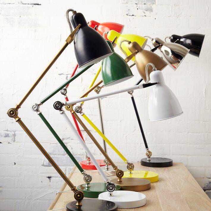 Alegerea lampilor pentru birou, Foto: squeakychic.blogspot.com