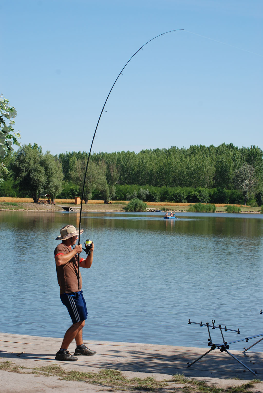 Balta-de-pescuit-Ozetanya-Ungaria-107
