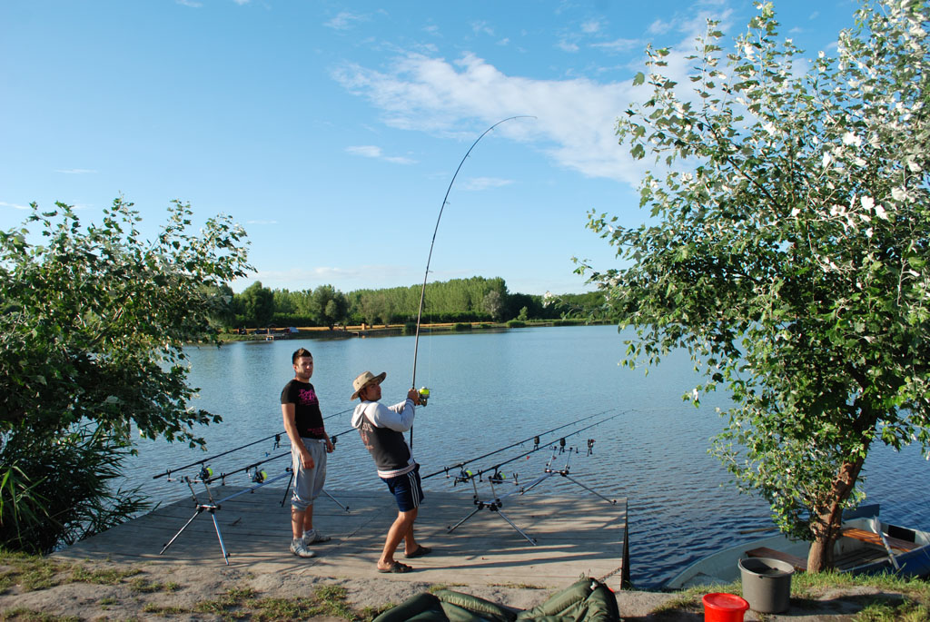 Balta-de-pescuit-Ozetanya-Ungaria-37