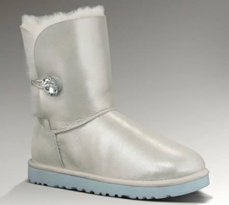 Cei-mai-neobisnuiti-pantofi-pentru-nunta-3