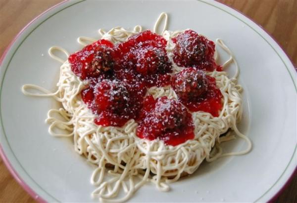 Inghetata spaghetti, Foto: cakechooser.com