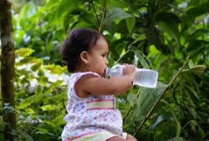 Cand dam bebelusului apa