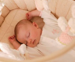 Somnul-bebelusului-300x246.jpg