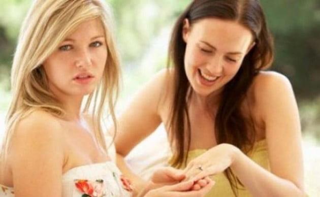 Gelozia intre prieteni, Foto: theprayingwoman.com