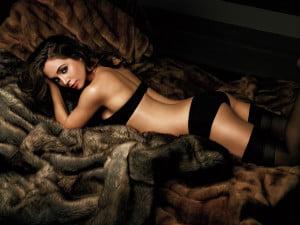 Top-10-cele-mai-sexy-actrite-300x225.jpg