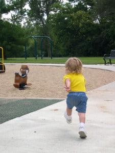 Activitati-fizice-pentru-copil-225x300.jpg