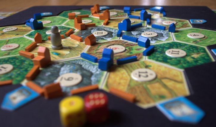 Jocul catan Foto: luduslila.wordpress.com