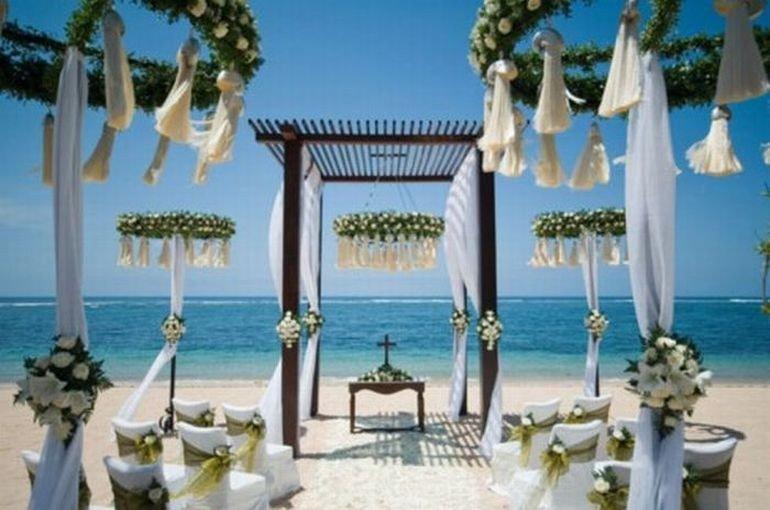 Decorul potrivit pentru o nunta pe plaja, Foto: jhakaasneil.blogspot.com