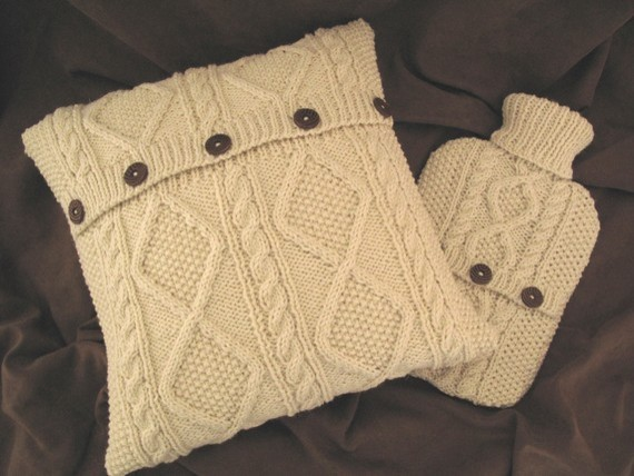 Cum sa realizati pernute decorative din pulovere vechi, Foto: houzz.com