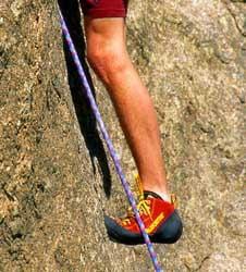 Papuci pentru catarare Foto: climbing.about.com