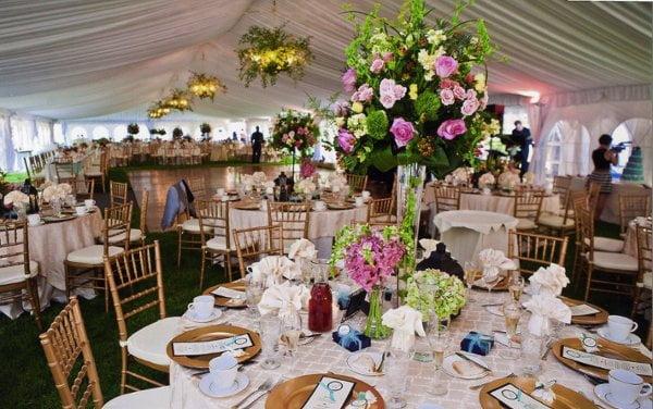 10 elemente centrale florale care sa va inspire, Foto: weddingbee.com
