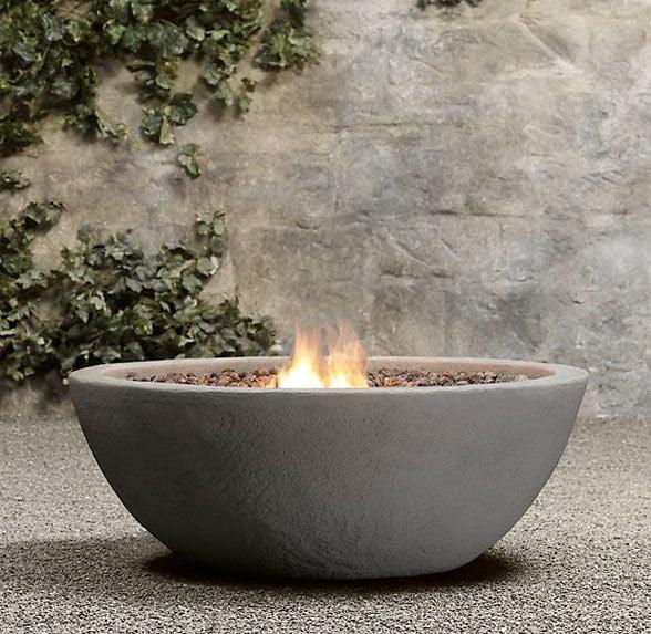 Foc de tabara decorativ Sursa foto: www.hgtvgardens.com