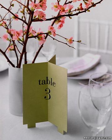 Numerotarea meselor pentru nunta Sursa foto: www.marthastewartweddings.com