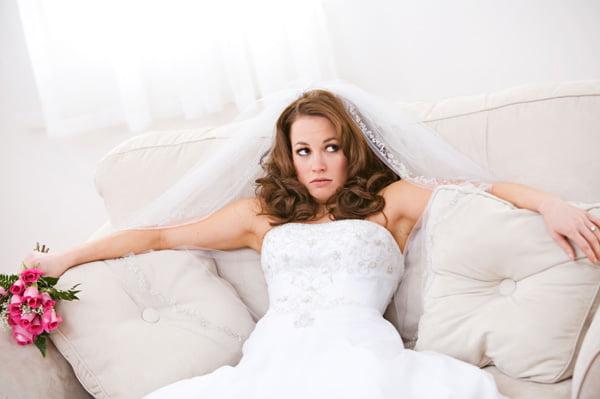 Cele mai enervante lucruri pe care le veti auzi cand va veti casatori Foto: hellogiggles.com