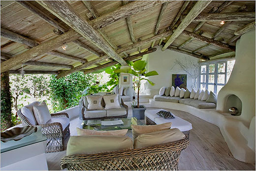 Design interior inspirat de povestea Lord of The Rings Foto: www.mybigtopics.com