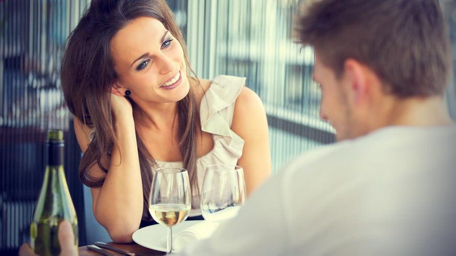 Ce urasc femeile cand le scoti la prima intalnire romantica, Foto: hercampus.com