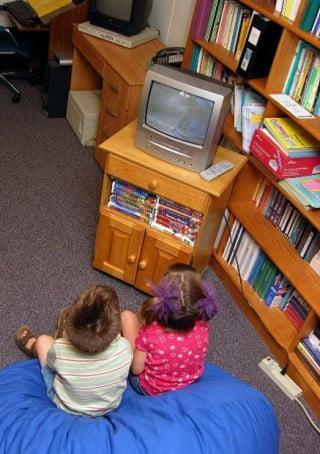 Copiii impart camera