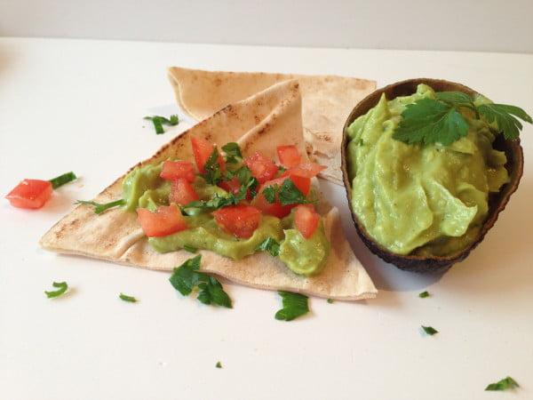 Crema de avocado sau Guacamole - aperitiv sau mic dejun sanatos