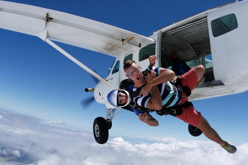 Parasutism Foto: skydiveatlas.com