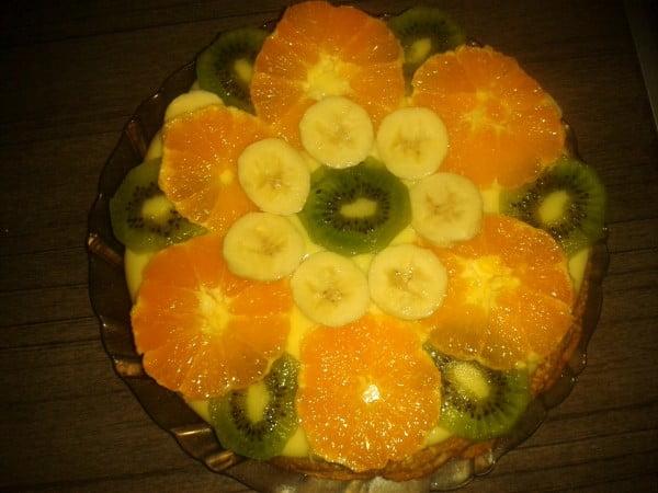 Tarta cu budinca si fructe de iarna