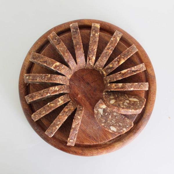 Salam de biscuiti - o rulada simpla cu biscuiti, cacao si rom