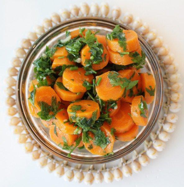 Garnitura de morcovi pentru carnuri