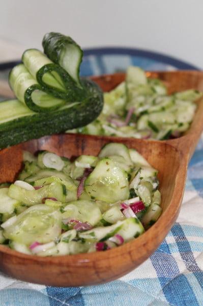Salata racoritoare de castraveti