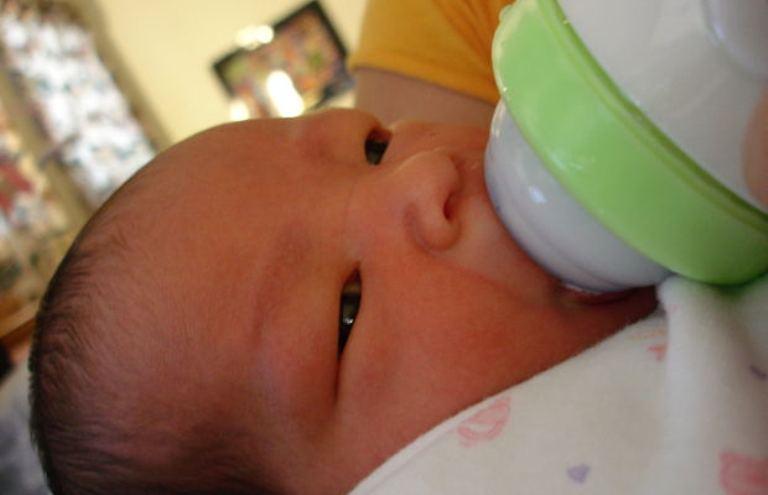 Hrănirea bebeluşului