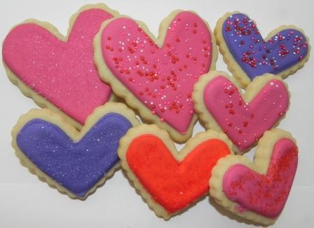 Fursecuri din turtă dulce în formă de inimioară pentru Ziua Îndrăgostiților, Foto: cookingwithkaren.wordpress.com