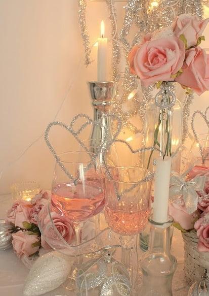 Rozul, o culoare fină pentru Ziua Îndrăgostiților, Foto: ginalouise.com